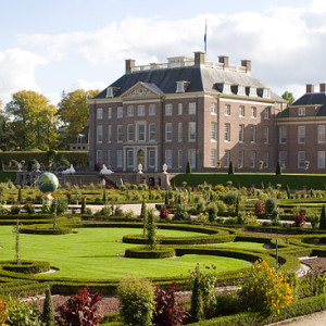 PaleishetLoo Paleis Loo Nederland Bezienswaardigheden Veluwe omgeving